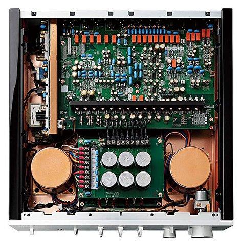 Yamaha_C-5000_Interior.jpg