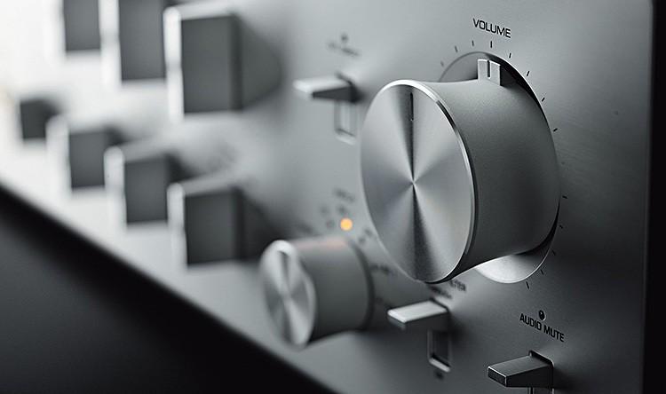 Yamaha_C-5000_detail