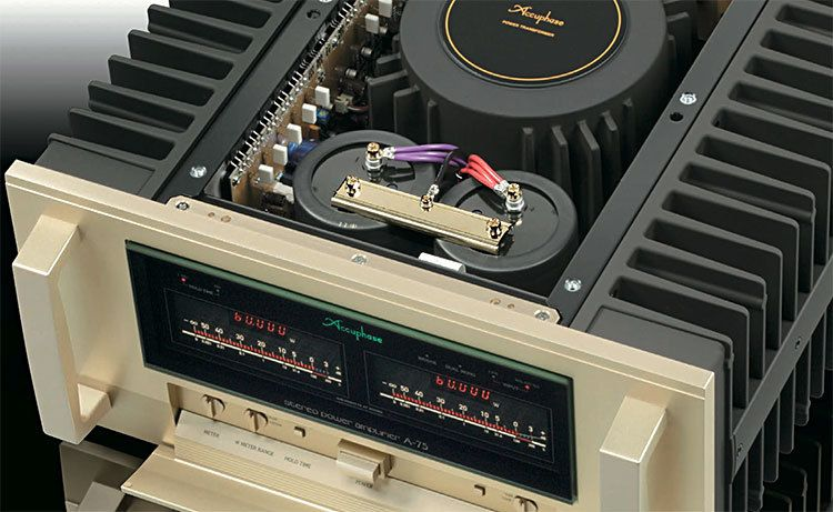 Accuphase_A-75_above_inside