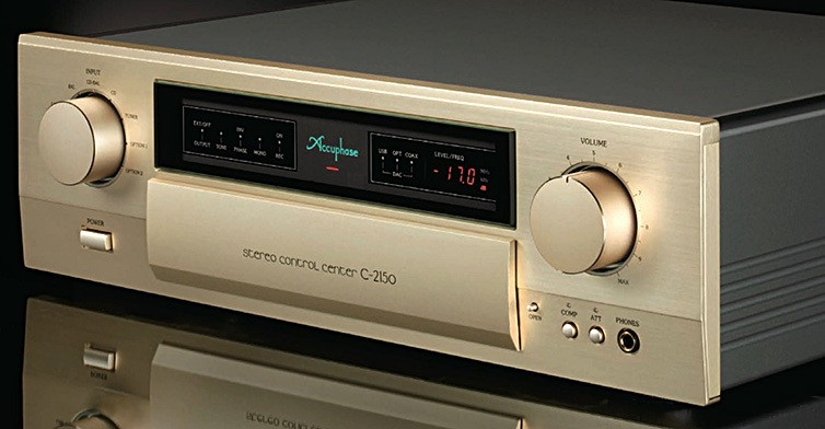Accuphase_C-2150_front_angle