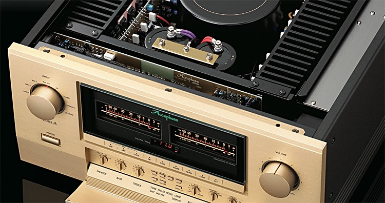 Accuphase E-800 Stereo Amplifier
