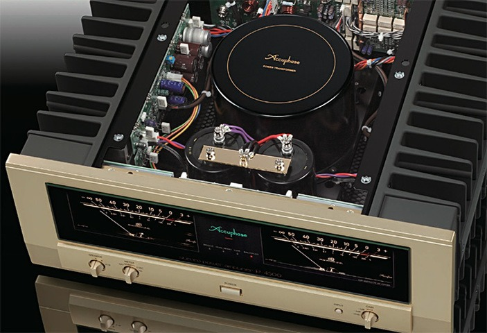 Accuphase_P-4500_inside