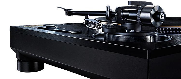 Technics SL-1210GAE Direct Drive Turntable