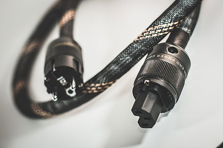 SOUND FIDELITY power cable Reference